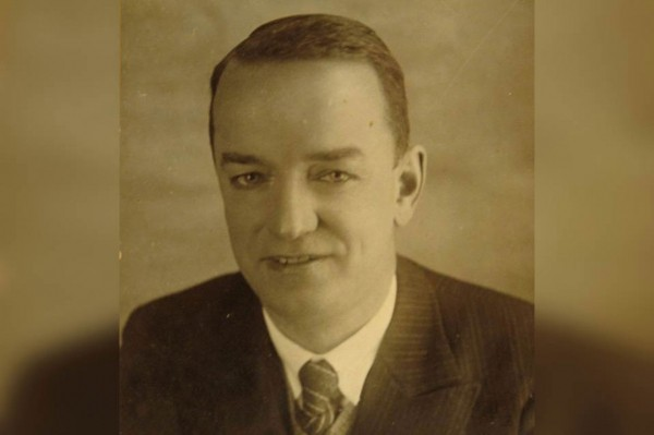 genri-ford-i-chjornyj-voron-test-drajv-emki-m1-1937-goda-5da6c1c